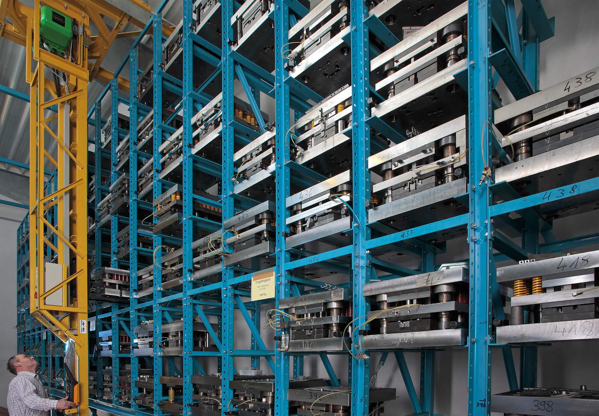 Tool-Warehouse