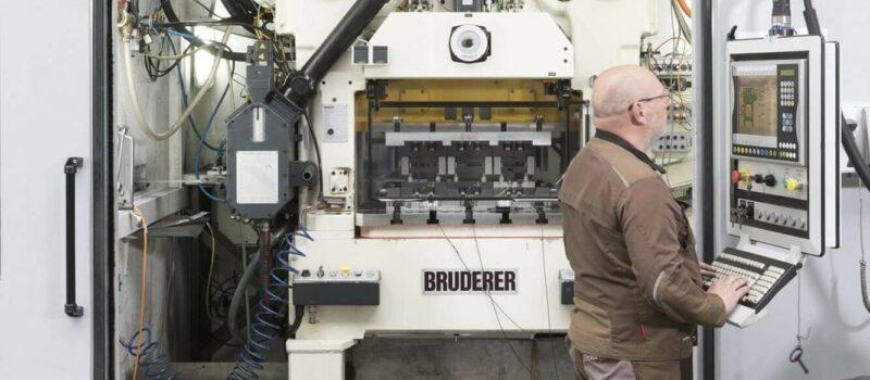 Bruderer BSTA80 Stamping machine